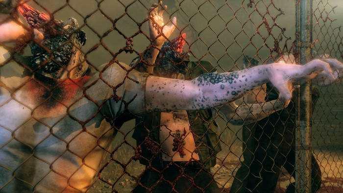 Metal Gear Survive in un vortice di psicosi: no a relazioni sentimentali tra giocatori, slot di salvataggio a 10 euro
